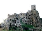 Craco, il borgo fantasma che domina i calanchi lucani