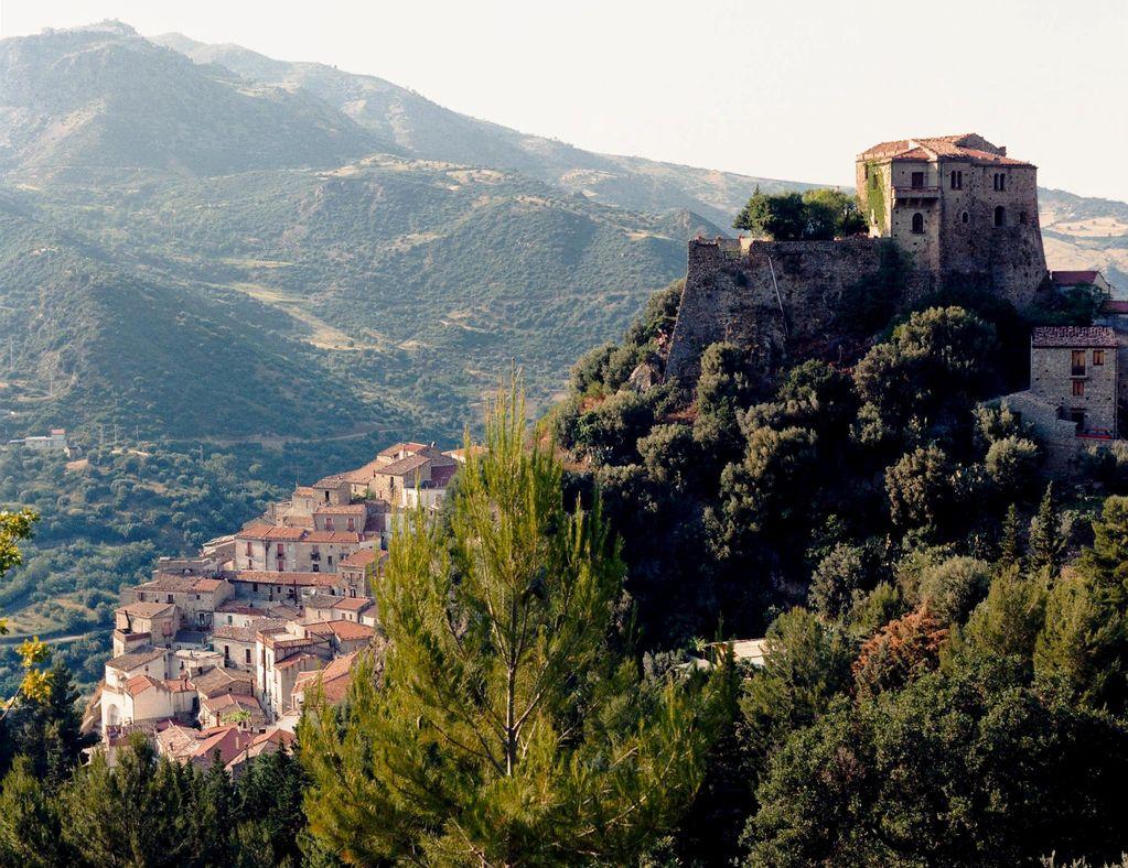 Il castello di Valsinni
