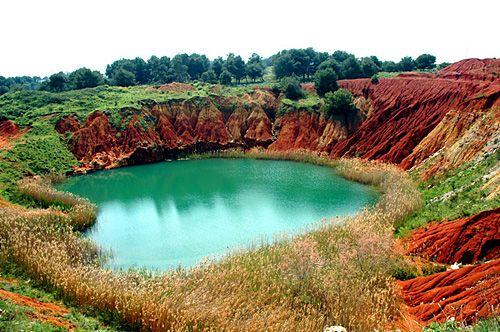La cava di bauxite Otranto una perla a cielo aperto