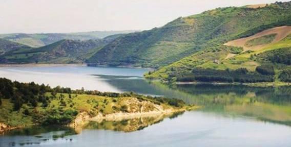 Laghi in Puglia: la diga di Occhito