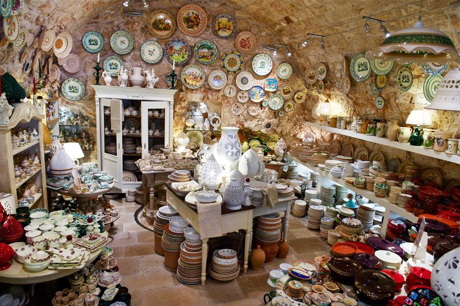 Negozio di ceramiche Ostuni