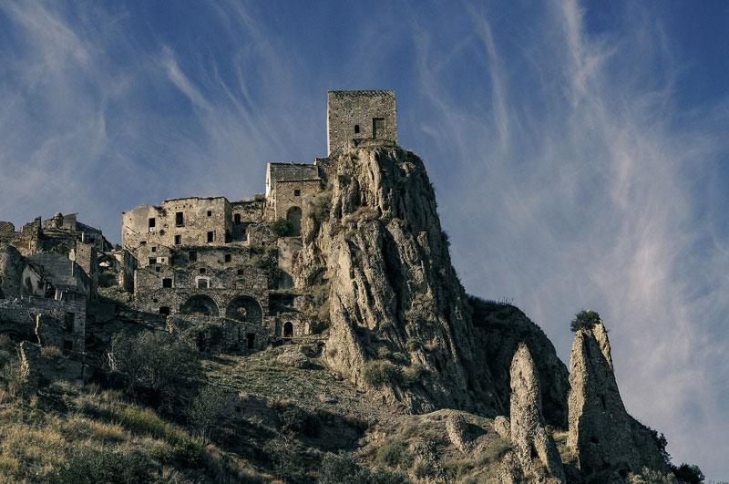 Craco borgo fantasma della Basilicata